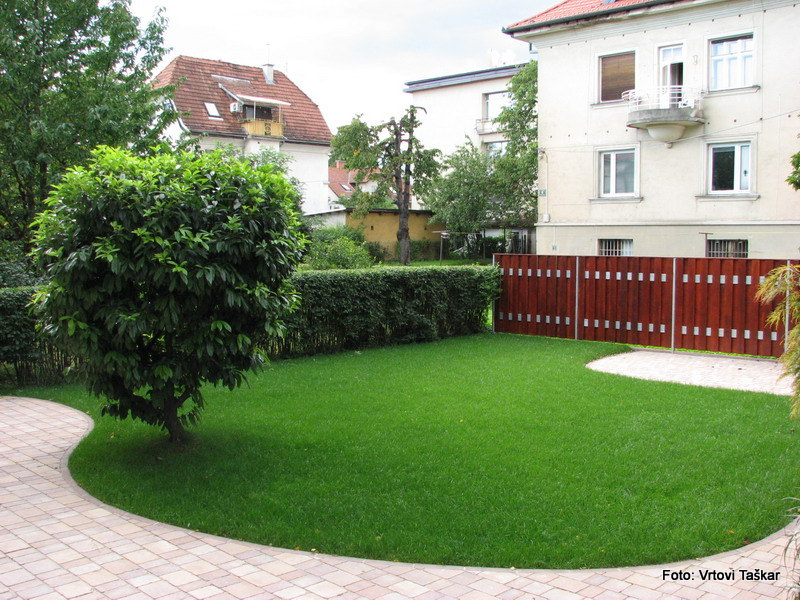 Druzinski-vrtovi-Atrijski-vrt_8