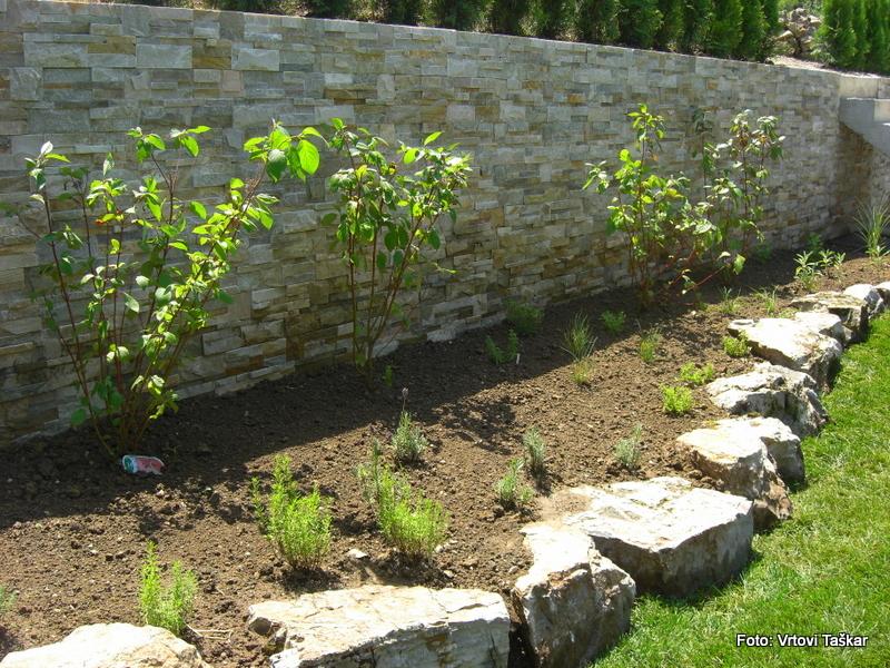 Druzinski-vrtovi-Prava-lepota-je-v-majhnih-vrtovih_10