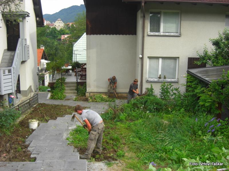 Druzinski-vrtovi-Prava-lepota-je-v-majhnih-vrtovih_4